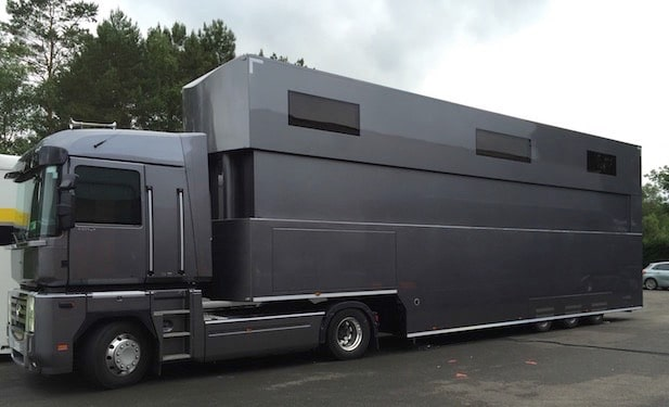 Motek-Motor-Home-constructeur-semi-remorques-structures mobiles amenagees-001